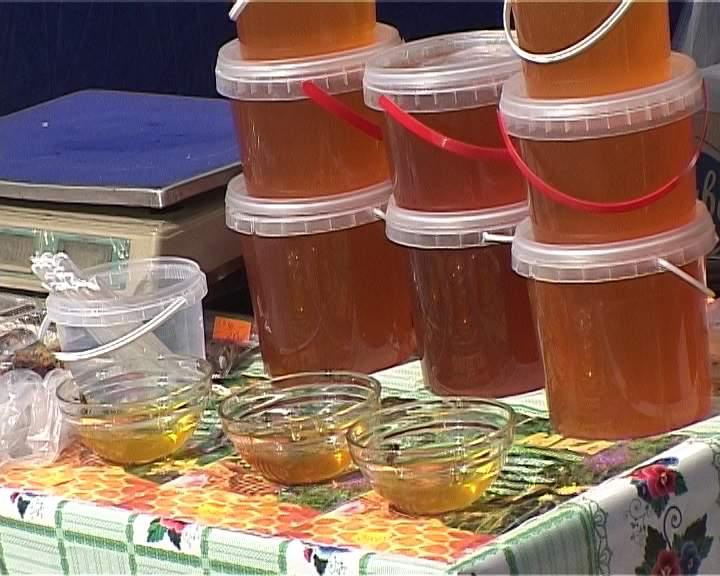 Как отличить фальсифицированный мед?