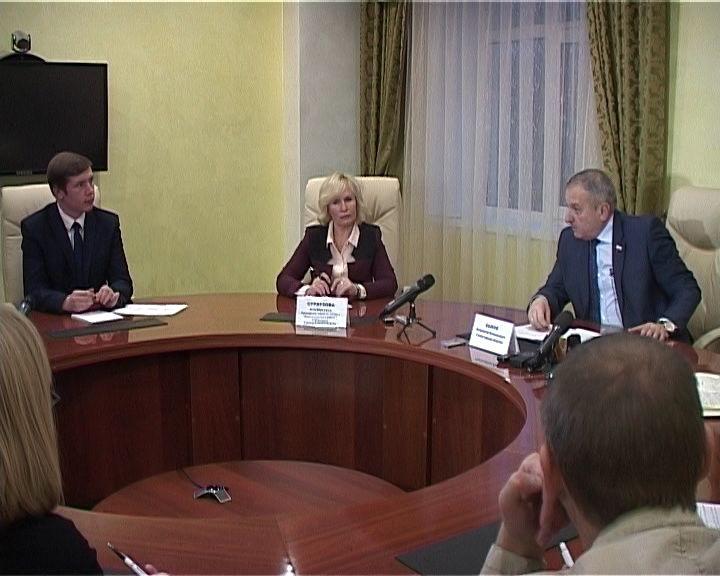 Брифинг главы города Кирова Владимира Быкова