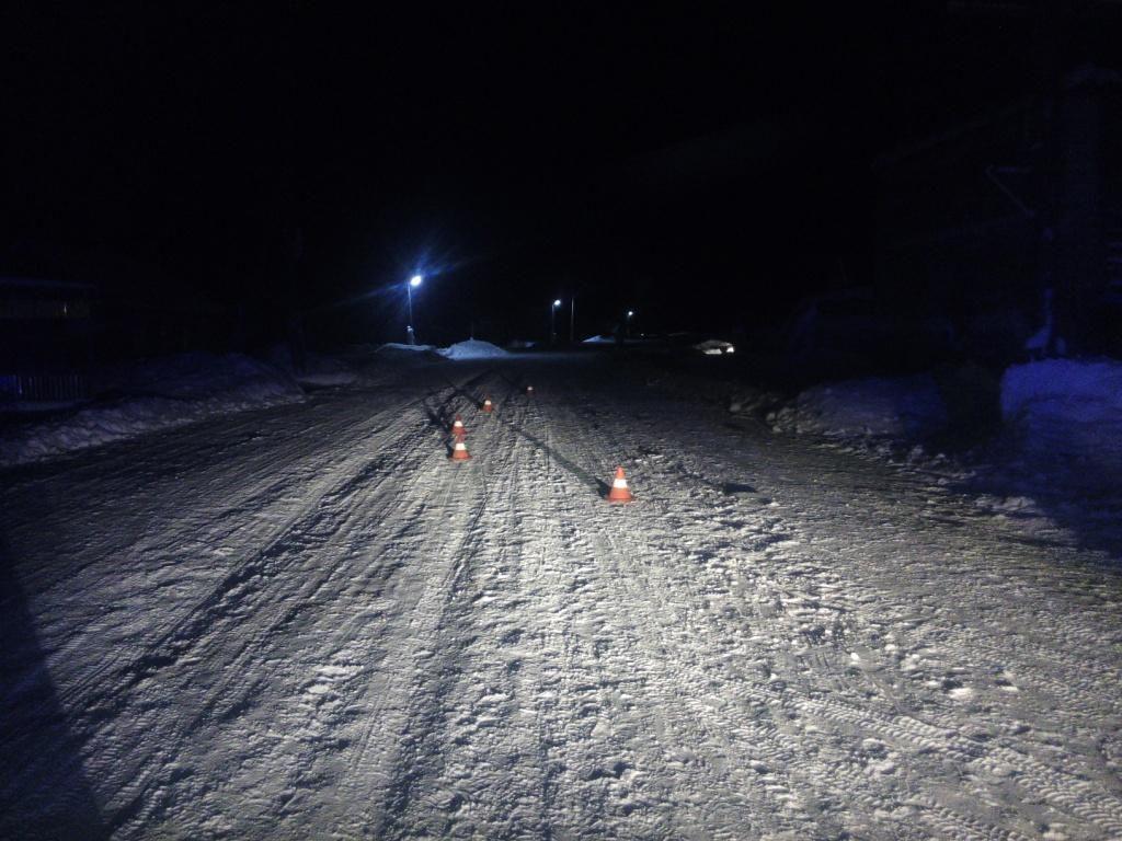 В Советском районе водитель сбил двух девочек.