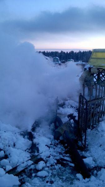 В Кирово-Чепецком районе сгорели садовый домик и баня.