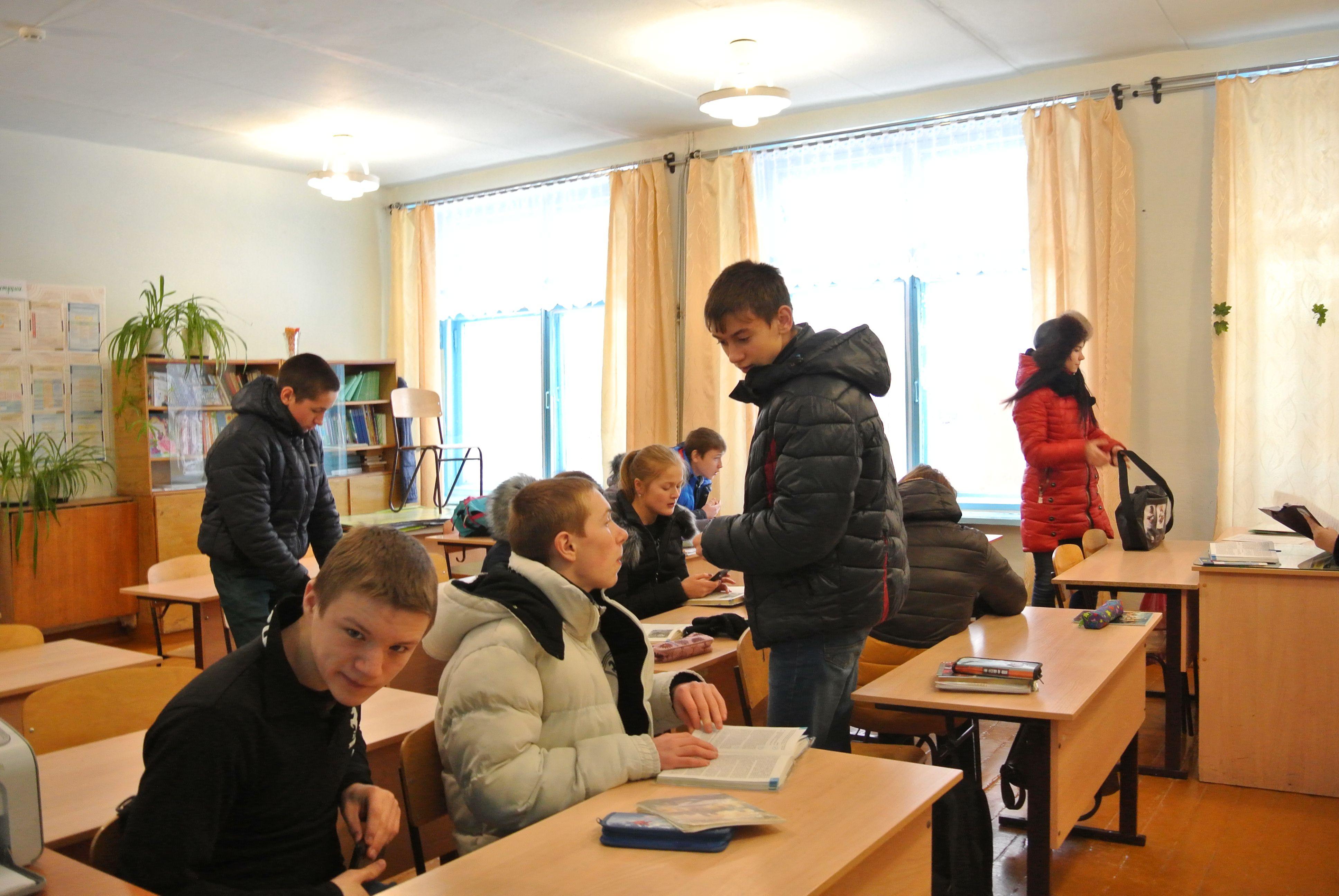 В школе п. Светлополянск ученики замерзают на уроках.