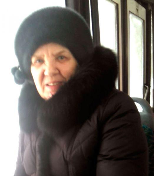 В Кирове ищут женщину, нанесшую побои девушке в салоне автобуса 44-го маршрута.