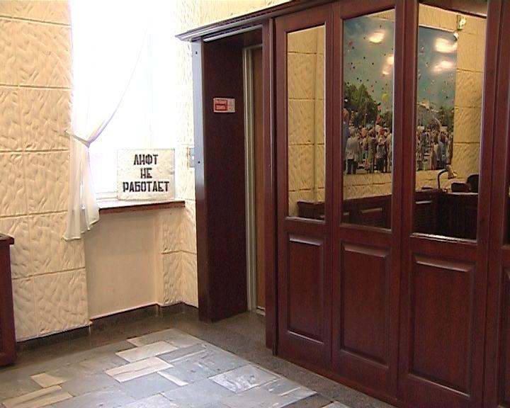 Каждый третий лифт требует срочной замены