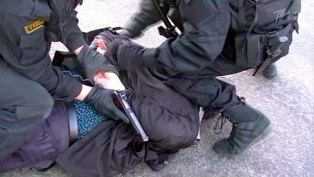 Кировчанина, объявленного в федеральный розыск, задержали воронежские полицейские.