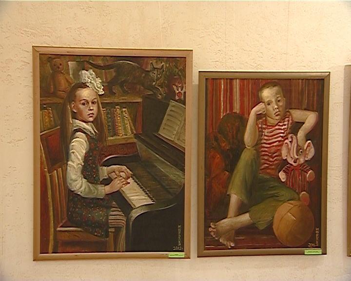 Выставка Инны Широковой в Кировском театре кукол