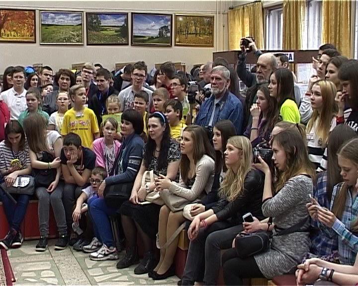 В Кирове стартует уникальный социальный проект «Обернитесь»