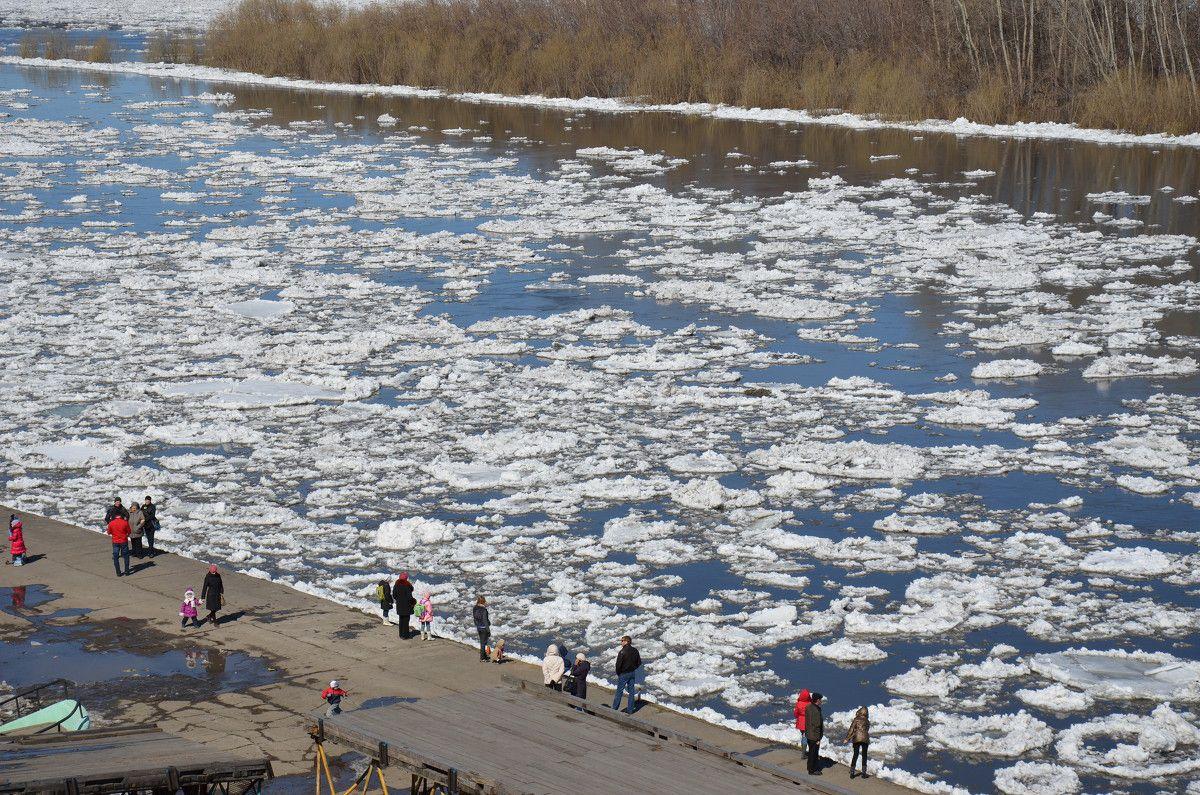 В ближайшие дни на реке Вятке начнется ледоход.