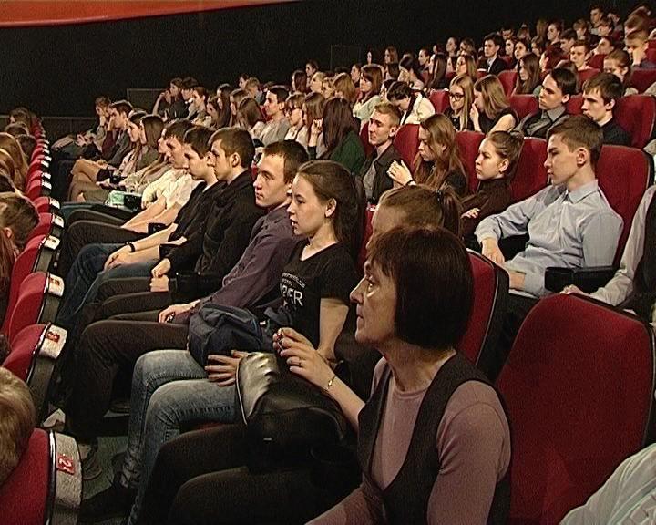 У кировских школьников прошел необычный урок литературы