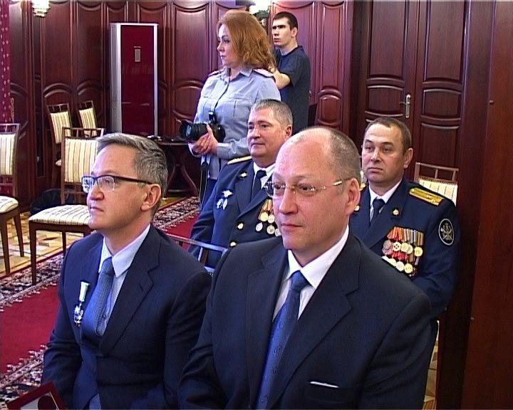 Вручение почетных знаков Кировской области