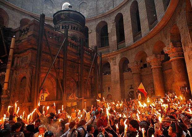 В Киров из Иерусалима доставят Благодатный огонь