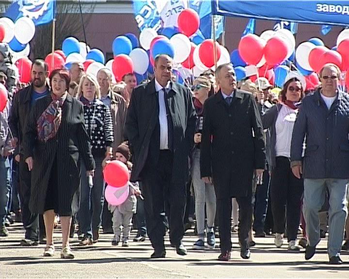 Сотни кировчан присоединились к первомайской акции профсоюзов