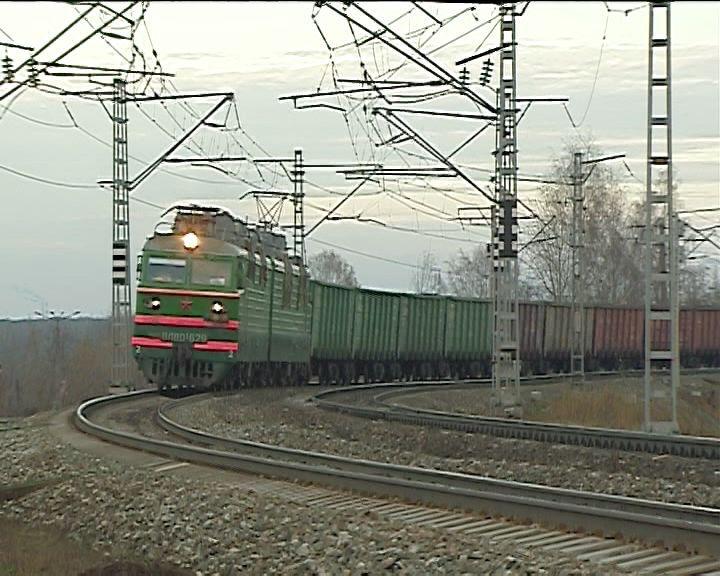 В июне 2 человека попали под поезда на участке Яр - Верхнекамская