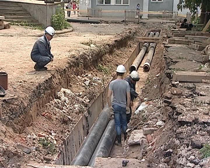 В городе продолжаются гидравлические испытания и ремонт теплосетей