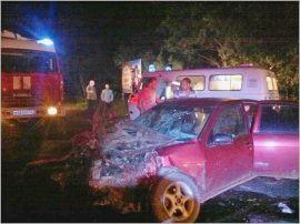 В Кирово-Чепецком районе иномарка столкнулась с автобусом.