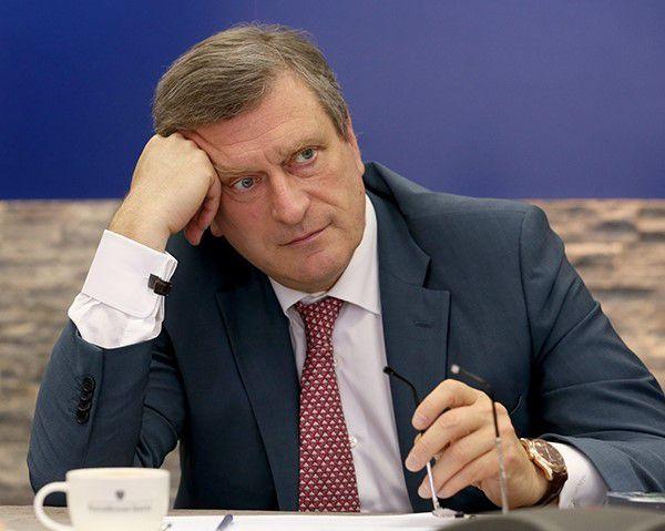 Игорь Васильев ждет вопросы от жителей Зуевского района.