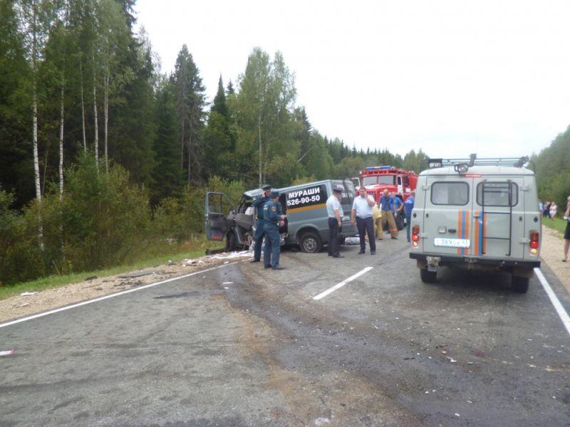 При столкновении «Газели» илегковушки под Кировом погибли 6 человек
