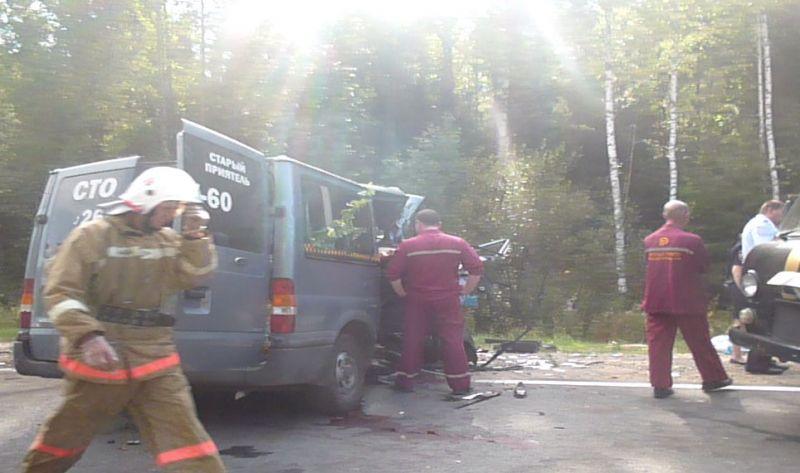 ВКировской области случилось жуткое ДТП: погибли шесть человек ипятеро доставлены вбольницу