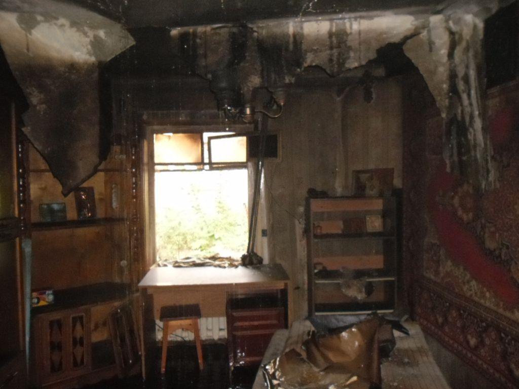 Утром в Кирове произошел пожар в частном доме