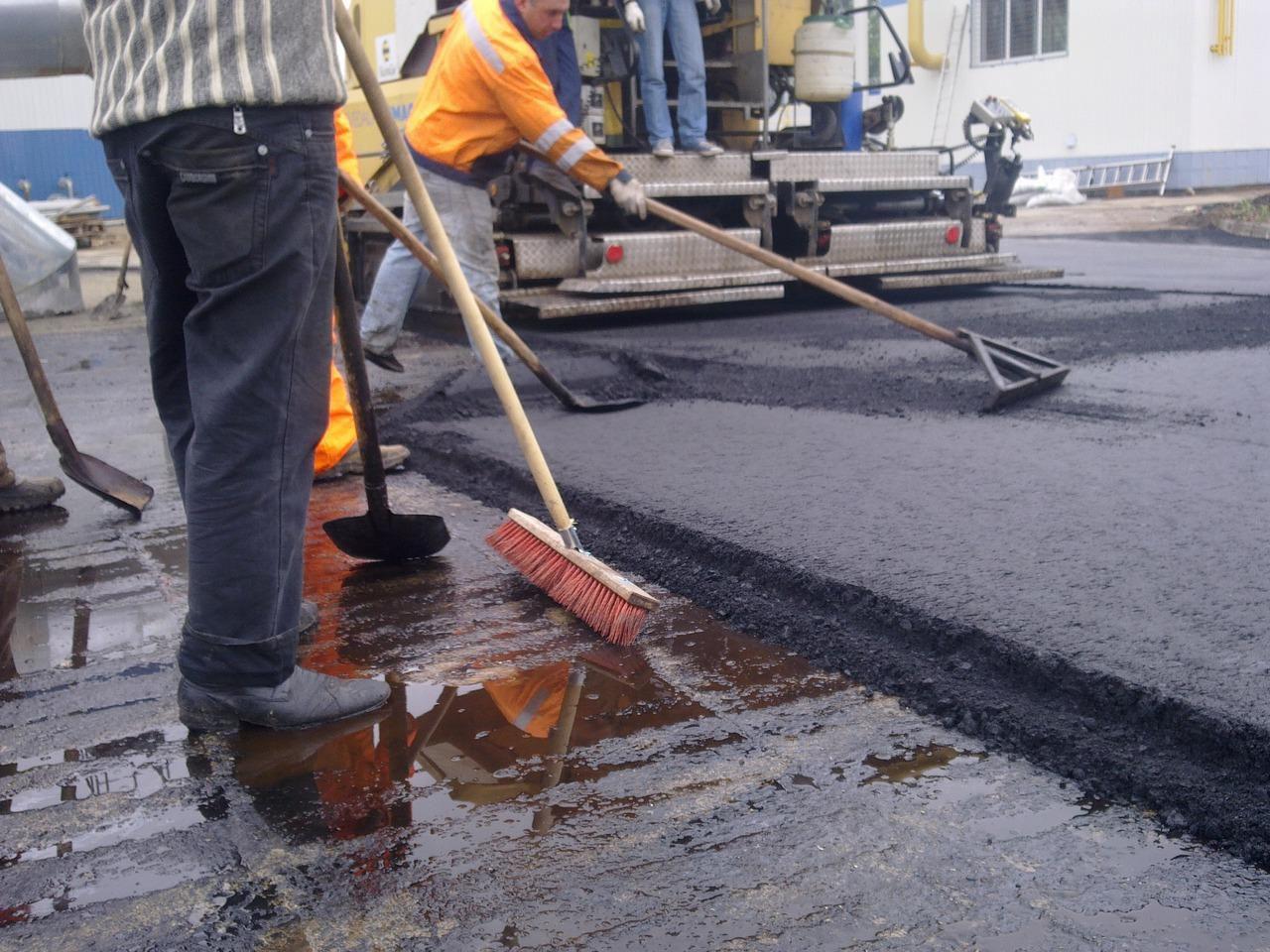 До конца сентября в Кирове будут отремонтированы ещё четыре участка городских дорог