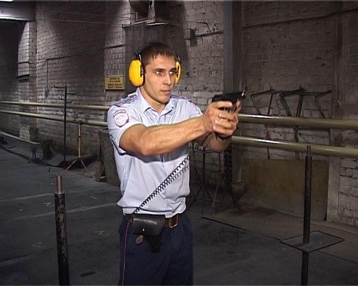 Инспектор ГИБДД Денис Пушкарев