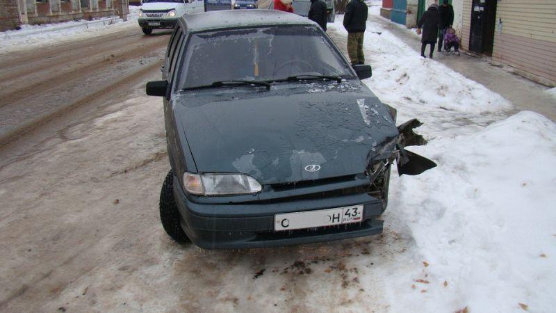 Ледяной дождь спровоцировал ДТП в районах Кировской области.