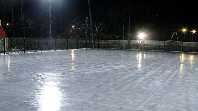 В Кирове оборудуют 20 катков и хоккейных площадок.