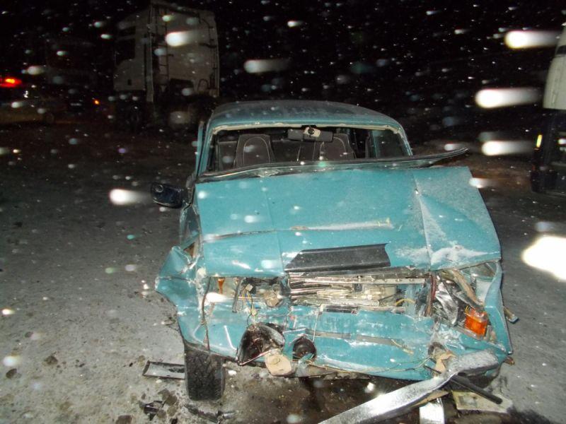 ВЯранском районе «семерка» влетела вавтобус: двое пострадавших