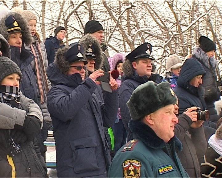 Праздник МЧС на стадионе «Прометей»