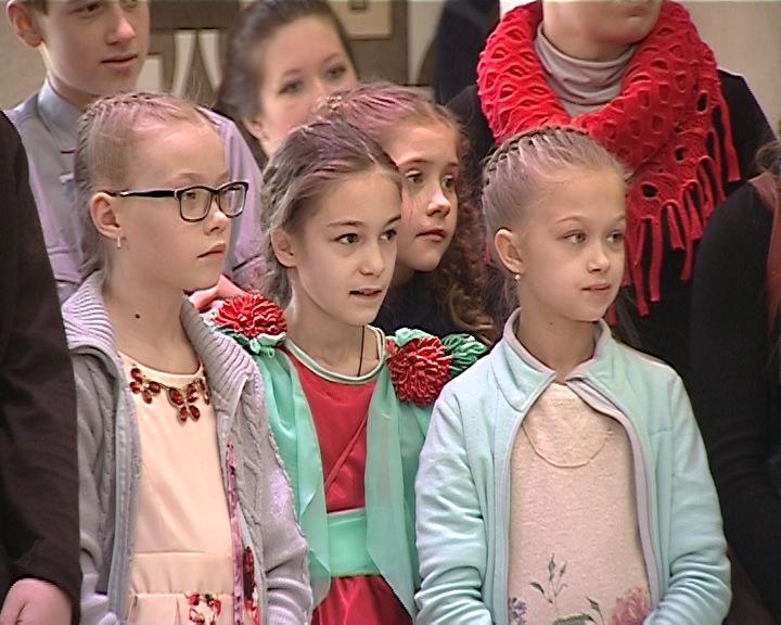 Губернаторская ёлка для одарённых детей в театре Кукол