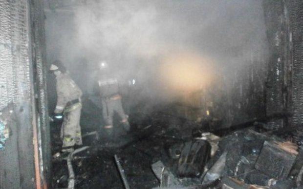 В Слободском сгорел бокс теплой автостоянки с автомобилями.