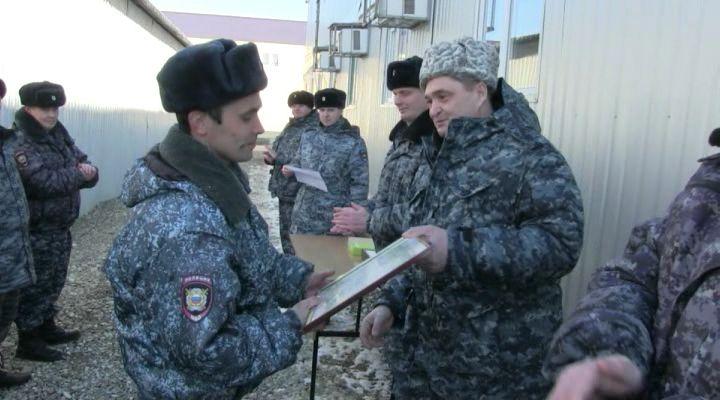 Что делают кировские полицейские вЧечне