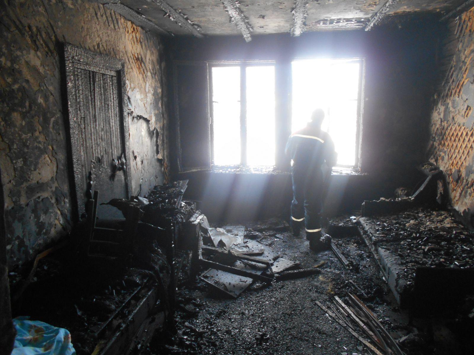 В поселке Демьяново в пожаре погибла 8-летняя девочка.