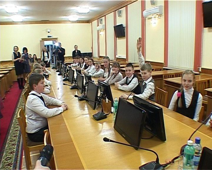 Экскурсия школьников в Правительство