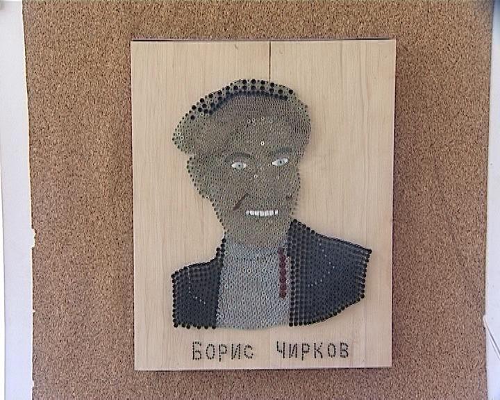Портреты из гвоздей народного умельца из Нижнеивкино Анатолия Серебренникова