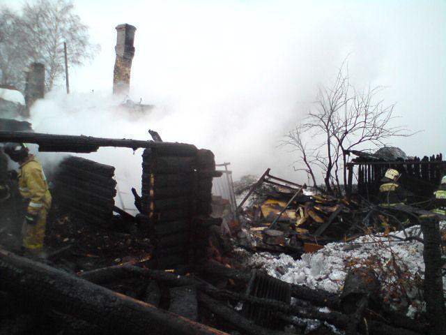 4 человека погибли впожаре вПижанке