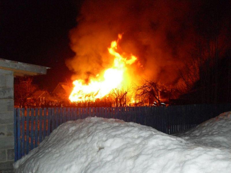 В Вятскополянском районе в пожаре погибли два ребенка.
