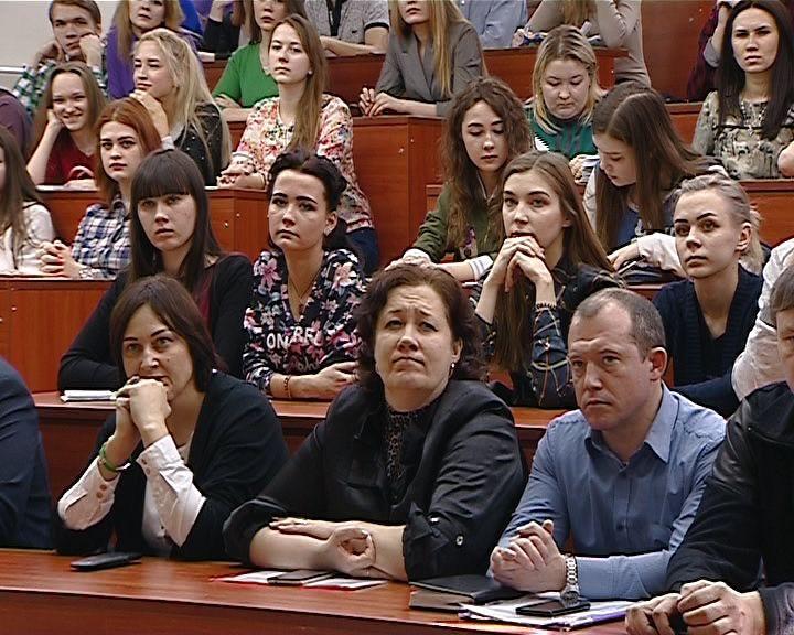 Киров посетил заместитель директора форума ПФО