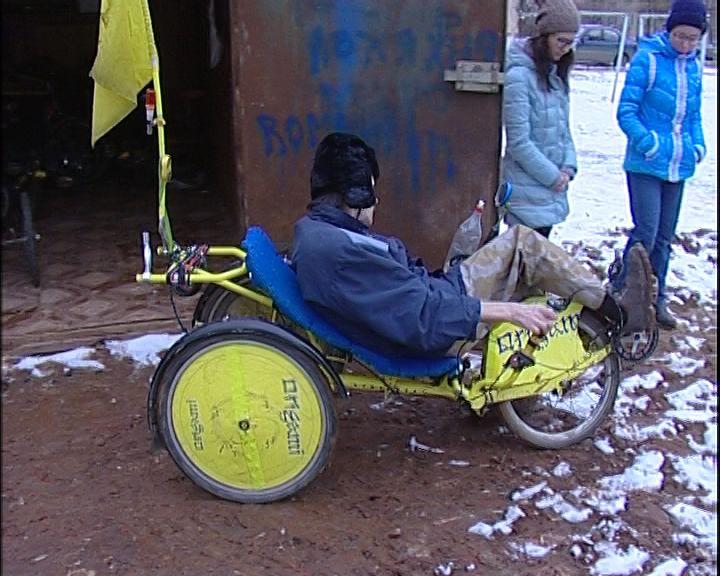 Коммунальщики лишили возможности кировских инвалидов-велосипедистов отправиться на соревнования