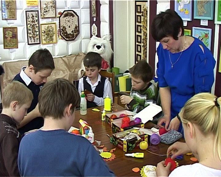 Выставка работ воспитанников Фаленского дома детского творчества