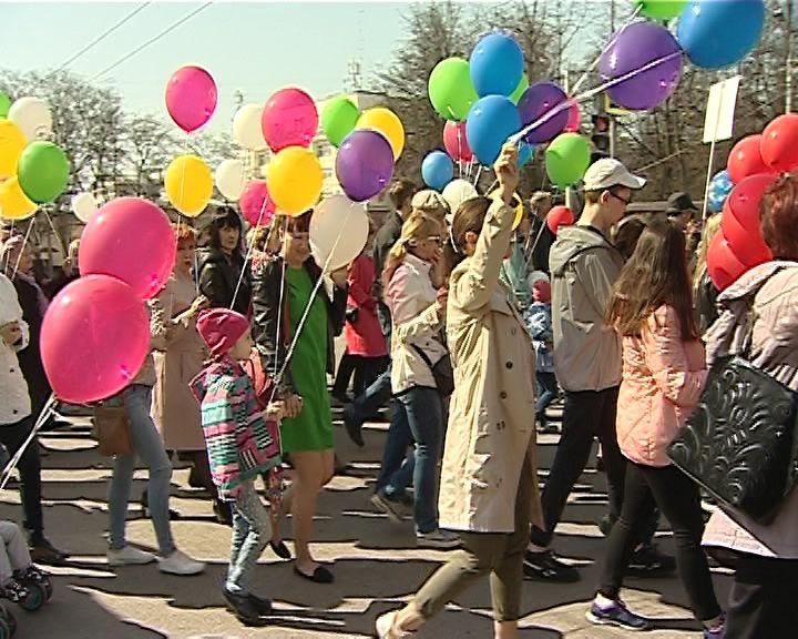Кировчане отметили Праздник весны и труда шествием и митингом
