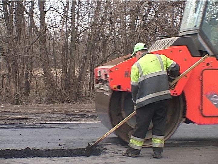 Сегодня в Кирове идет ремонт на 9 улицах