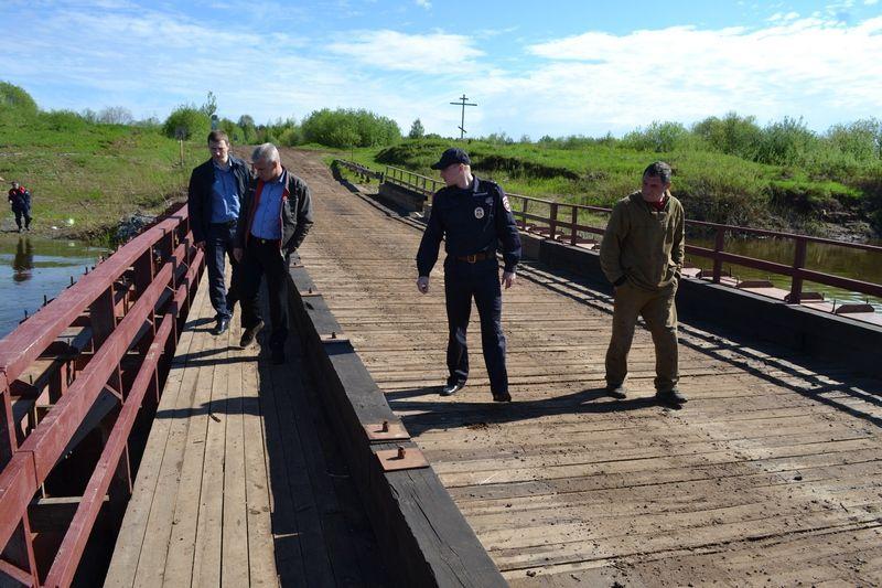 Понтонный мост через Чепцу открыли для транспорта и пешеходов.
