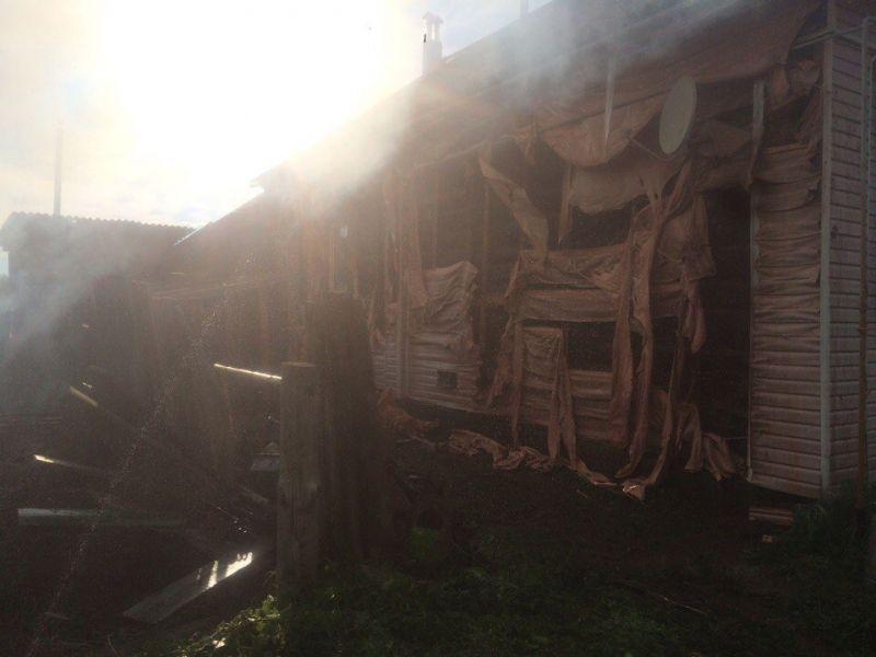 Водной из деревушек Вятскополянского района случился мощный пожар