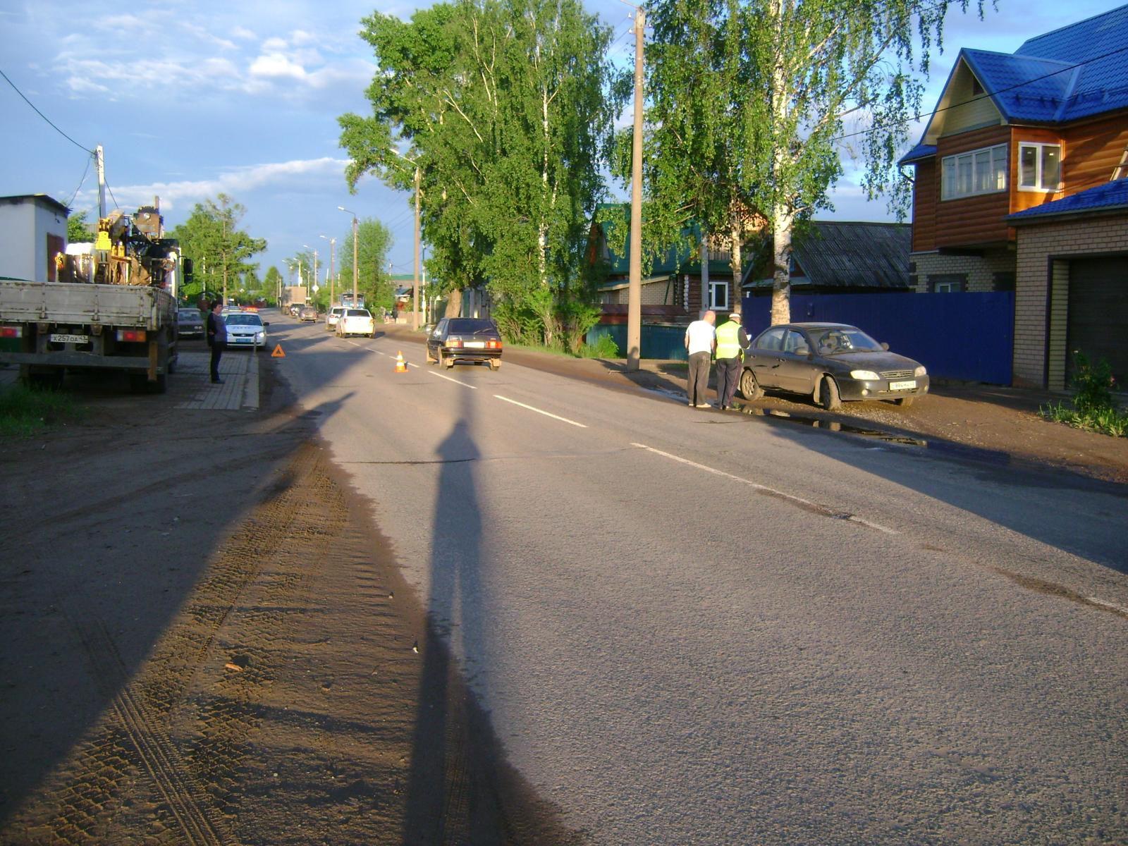 В Кирове иномарка сбила 7-летнюю девочку.