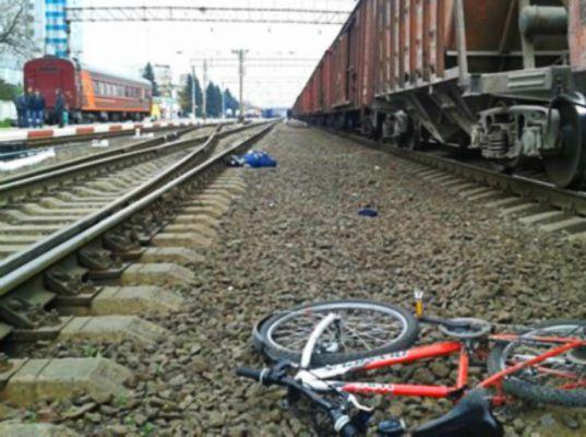 В Оричевском районе электропоезд сбил подростка.
