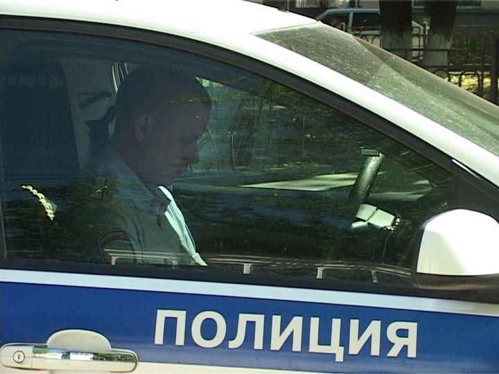 Жительница Орлова сбежала из магазина со спиртным
