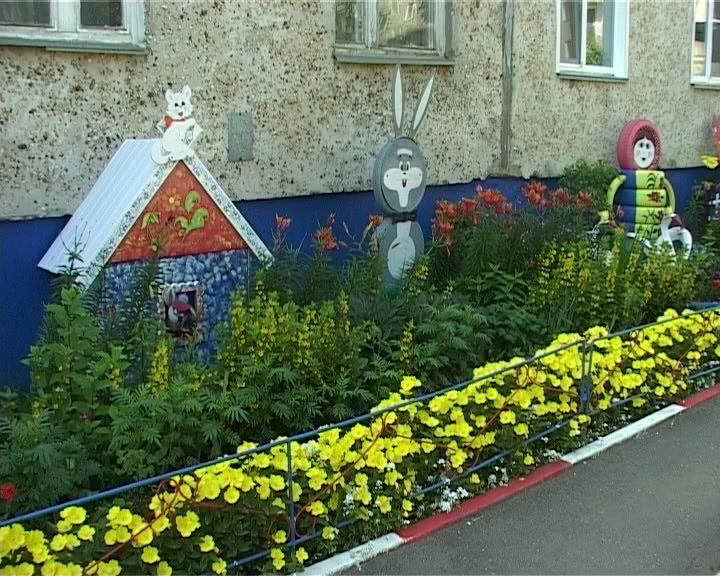 В Кирове продолжается конкурс «Цветущий город»