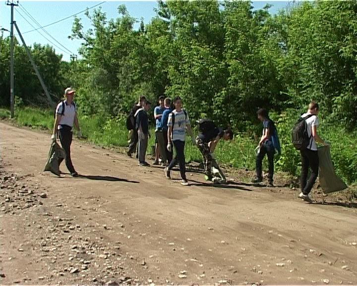 В трех микрорайонах Кирова прошла акция
