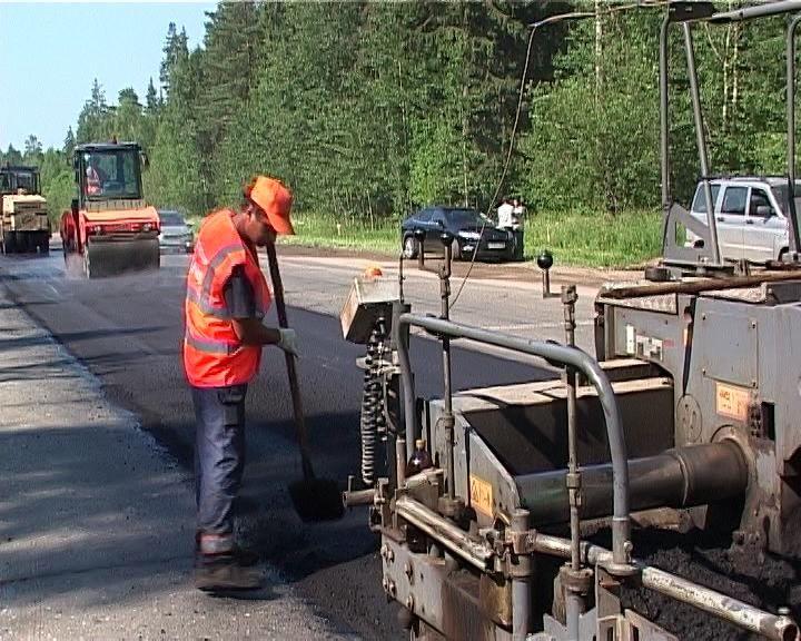 В Кирове продолжается ремонт на семи улицах.