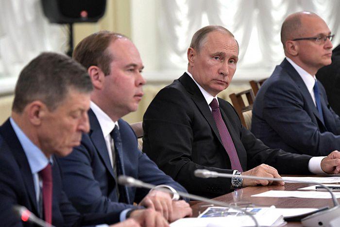Владимир Путин провел встречу с врио губернатора Кировской области Игорем Васильевым (ВИДЕО).